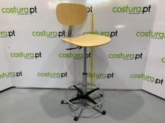 Cadeira a gás com apoio / base em contraplacado, e apoio de pés Ergolina com 78cm de altura (94013000)
