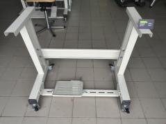 Estante direita c/rodas duplas c/pedal e acessorios