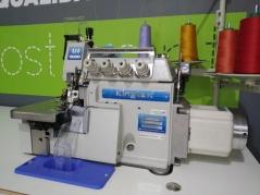 Maquina de Costura de arrasto superior Kingtex UHF9004-243-M14, com motor servo, tampo e bancada de rodas