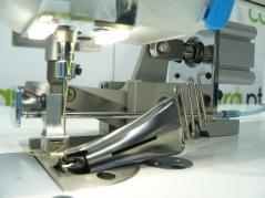 Sistema de corte de fita pneumatico para maquina de ponto preso com sopro